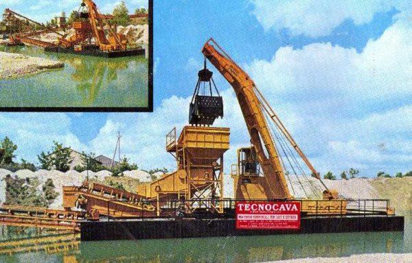 Floating dredge IBM 26